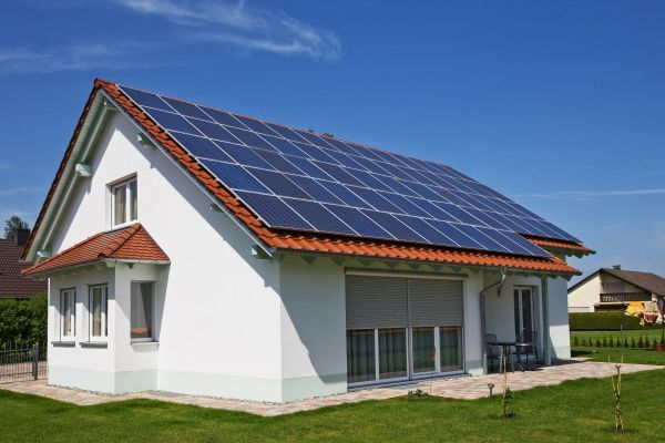Advantages Of Implementing Solar Panels To Your Home