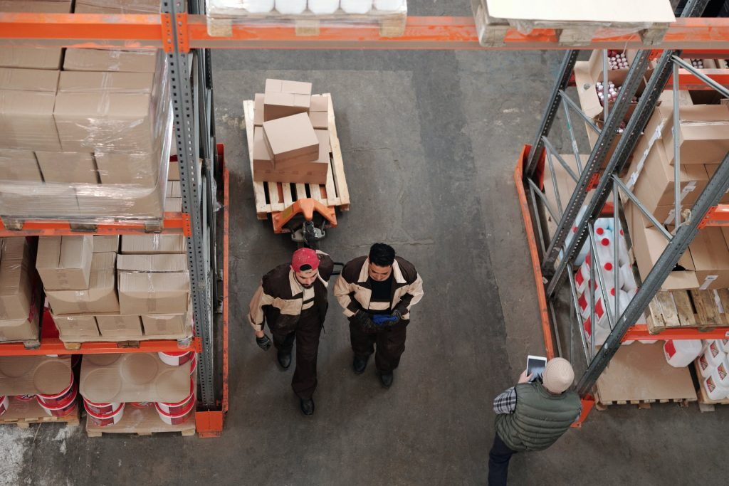 3PL Sydney workers inside the warehouse